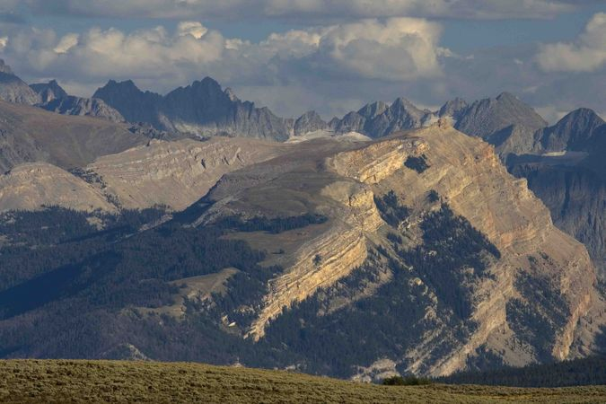 Northrn Wind River Range Peaks. Photo by Dave Bell.