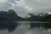 Lower Green River Lake and Peaks. Photo by Dave Bell.